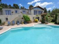 Poolvilla in Lauris